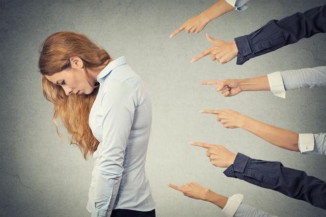 Психосоматика заболеваний позвоночника: о чем расскажут грыжи и протрузии